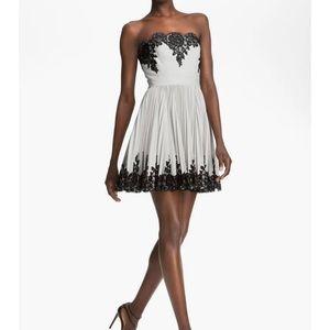 Robert Rodriguez Strapless Lace Appliqué Dress